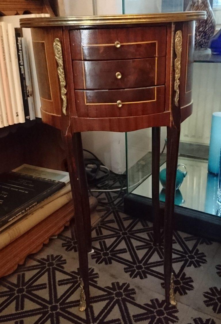 Kunstvolle antike Möbel · Uta Döring GmbH